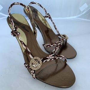 Wild Rose Women's Gold Stilettos Size 10